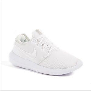 pretty nice f4b12 be50a Nike Shoes - Nike Roshe Two Breathe Women s Sneaker